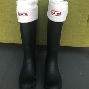 Hunter Matte Black Rainboots (size 9)